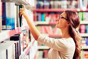 auxiliar archivos bibliotecas museos CAM